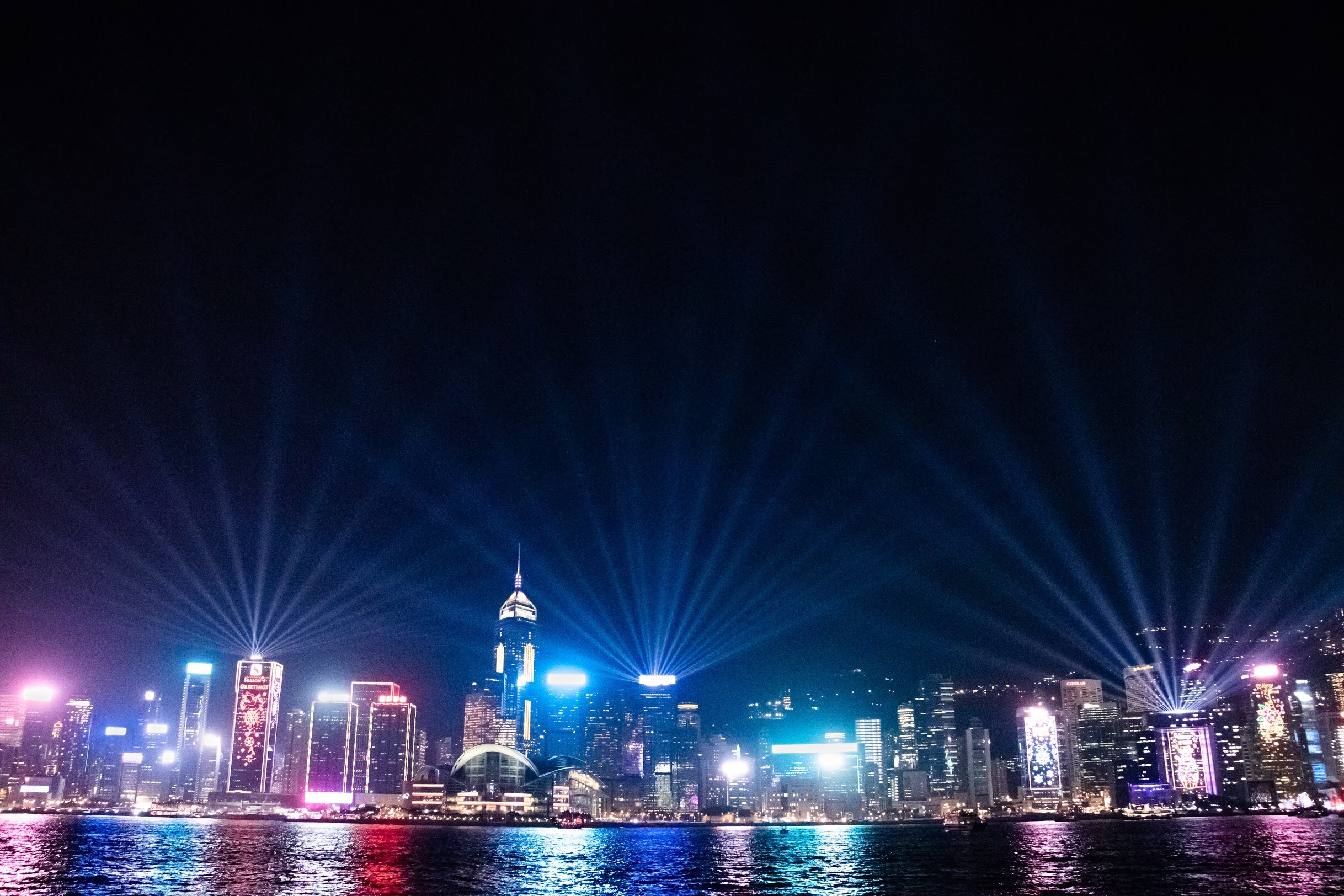 A Symphony of Lights Winter 2018 @Victoria Harbour Hong Kong